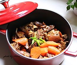 胡萝卜炖羊排的做法