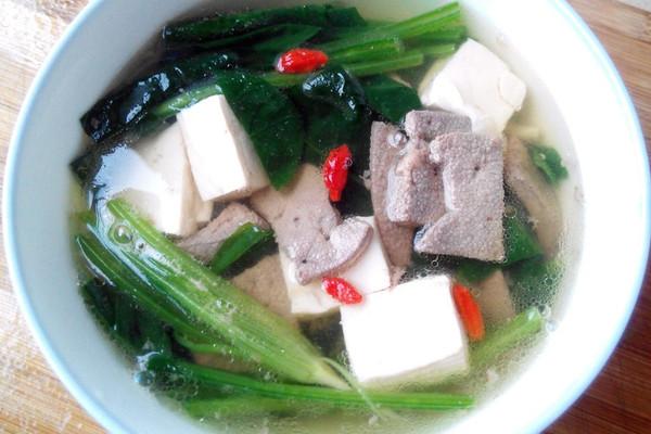 菠菜豆腐猪肝汤的做法