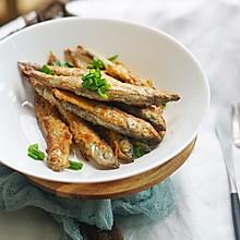 日式料理|香煎多春鱼,外酥内软味鲜美#硬核菜谱制作人#