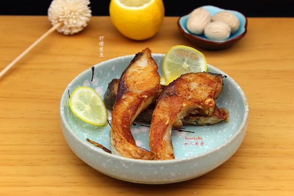 柠檬煎鱼的做法