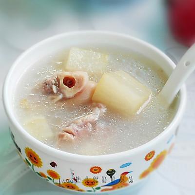 【白萝卜猪蹄汤】-- 美颜美肤,健筋强骨
