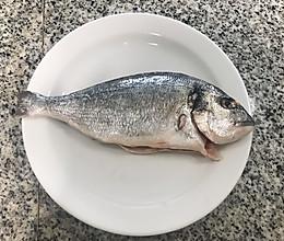 炖鱼(海鲷鱼)的做法