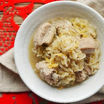 来自中国东北的年味 酸菜炖排骨