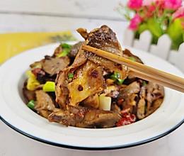 #元宵节美食大赏#辣炒孜然蘑菇,我竟吃出了烤肉味的做法