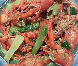 #以美食的名义说爱她#美味蒜蓉小龙虾的做法