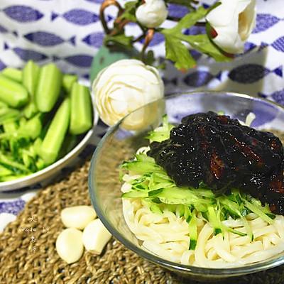 老北京的魂儿—大肉丁儿炸酱面