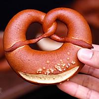 德国碱水面包Brezel的做法图解16