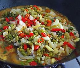 四川藿香泡菜鱼(舌尖2家常)的做法