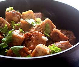 香芋排骨啫啫煲的做法