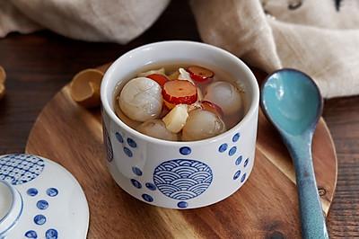 红枣龙眼马蹄甜汤