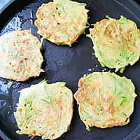 #福气年夜菜#萝卜丝鸡蛋饼的做法图解11