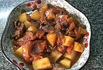 土豆焖牛肉的做法