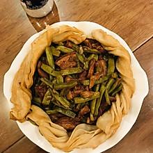 一锅熟:五花肉炖豆角粘卷子