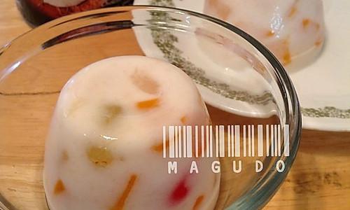椰浆什锦果冻的做法