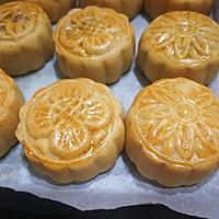 """广式莲蓉&豆沙蛋黄月饼#享""""美""""味#的做法图解18"""