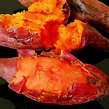 #憋在家里吃什么#教你做流糖色的砂锅烤红薯