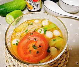 北京深秋的一碗番茄鱼丸汤的做法