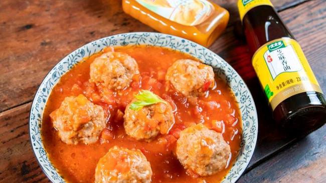 #太太乐鲜鸡汁芝麻香油#茄汁肉丸的做法
