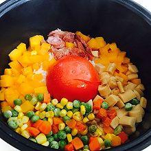 电饭煲做网红饭~整个番茄饭