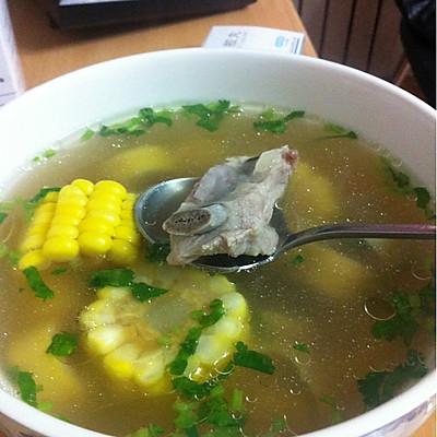 春笋玉米排骨汤