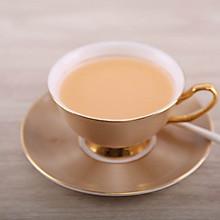 在家5分钟轻松自制焦糖奶茶