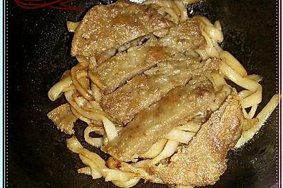 漢堡扒炒烏冬