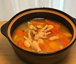 1分钟学会夏日靓汤:鸡爪木瓜汤(附蘸酱)的做法