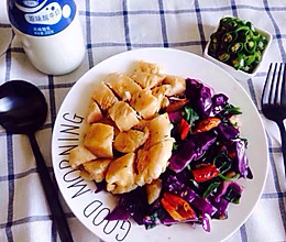 减肥套餐水煎鸡扒配穿心莲菜的做法