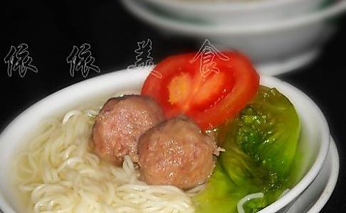 牛肉丸清汤面的做法