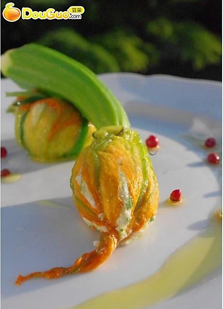 巴黎名菜:酿南瓜花的做法