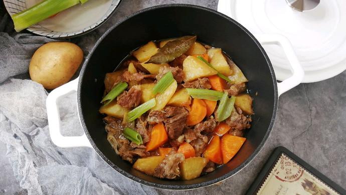 #父亲节,给老爸做道菜#胡萝卜土豆炖牛腩