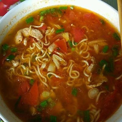 瘦肉西红柿汤面