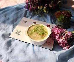 #10分钟早餐大挑战#燕麦丝瓜粥的做法