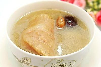 花生大枣猪蹄汤