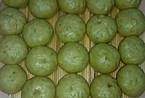 菠菜汁发面皮:肉沫荠菜粉条馅包子、肉沫蒲公英粉条馅包子的做法