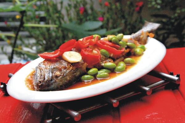 毛豆子烧米鱼的做法