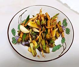 腌香菜根的做法
