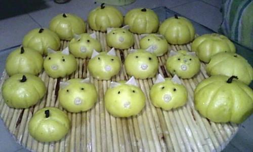 糖糖猪猪侠大战菠菜南瓜包的做法