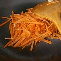 大喜大牛肉粉试用之✘爆炒素三丝的做法图解3