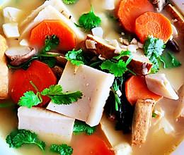 鱼糕豆腐汤的做法