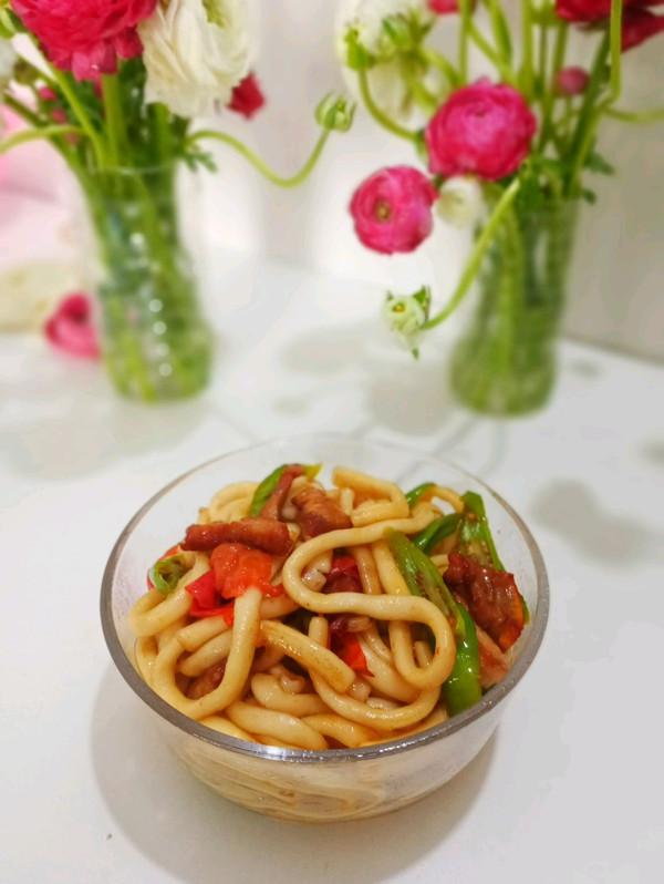 青椒肉片炒土豆粉的做法