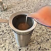 冰粉西柚鸡尾酒#四季宝蓝小罐#的做法图解3