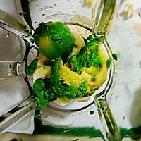 香蕉牛油果奶昔#花10分钟,做一道菜!#的做法图解4