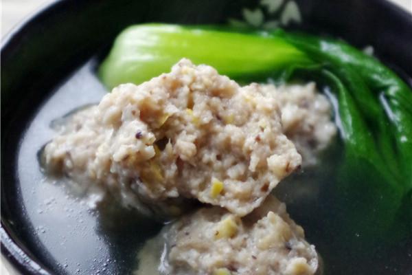 #菁选酱油试用之青菜丸子汤的做法