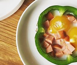 椒圈火腿煎蛋的做法