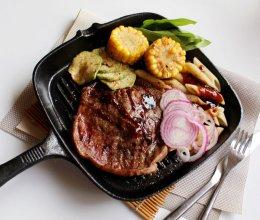 煎牛排#一起吃西餐#的做法