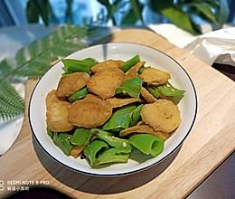 素肠炒青椒的做法