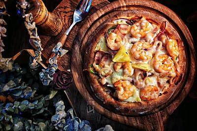 全家人分享的豪华至尊披萨