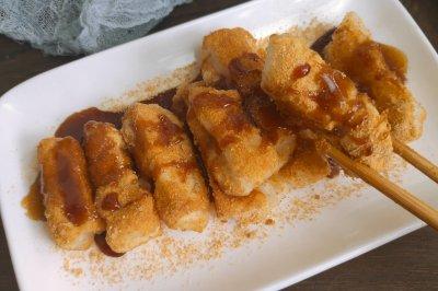 秒胜川菜馆的红糖糍粑
