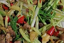 泡椒芹菜爆炒牛肉的做法